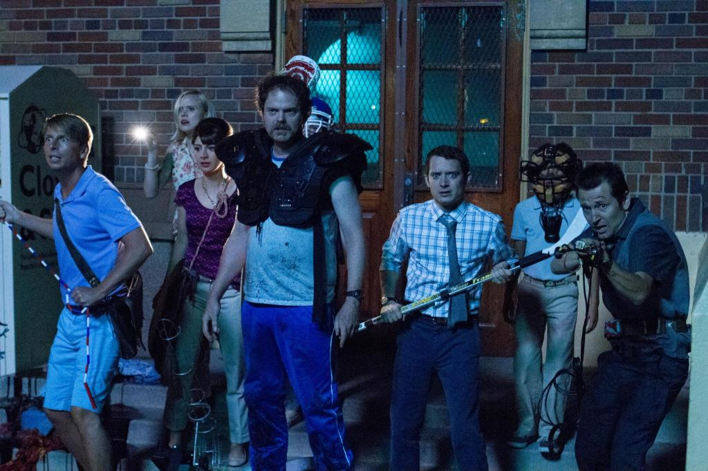 still-of-elijah-wood,-alison-pill,-leigh-whannell-and-jack-mcbrayer-in-cooties-(2014)-large-picture
